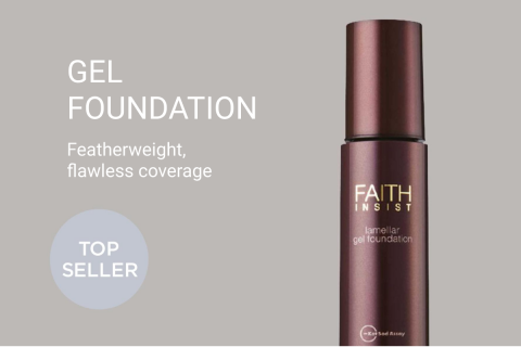 Gel Foundation Featherweight flawless coverage